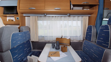 Adria Coral Sport 573 DS dinette height=