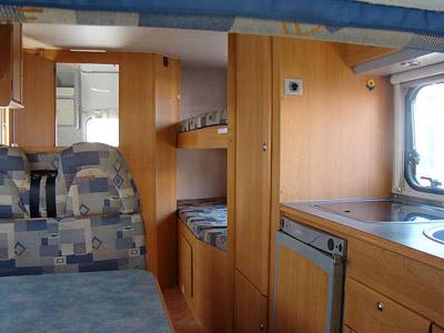 Adriatik 572 DK intérieur