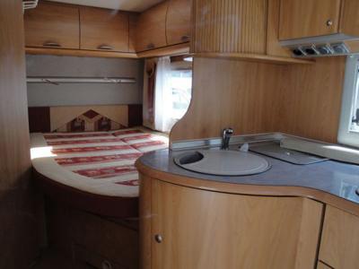 essai camping car burstner i686. Black Bedroom Furniture Sets. Home Design Ideas
