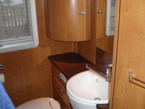 kit salle de bain pour camping car avec des